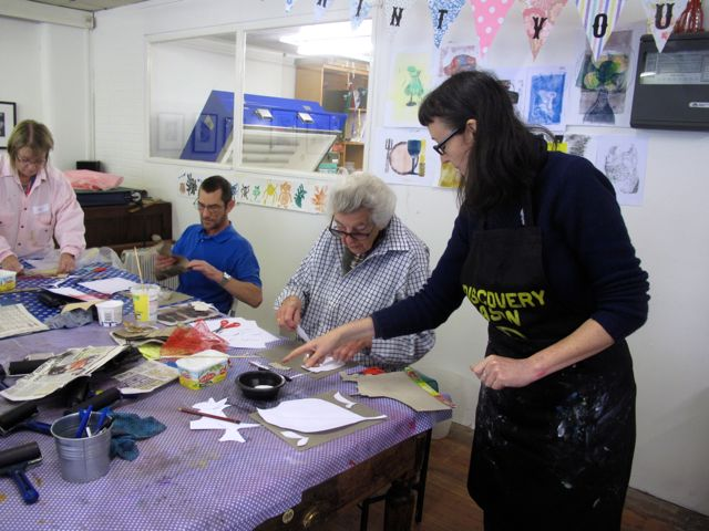 KAB Medway Art Group wk 2 Wendy Daws Tactile Timeline at Intra, photos Wendy Daws - 16