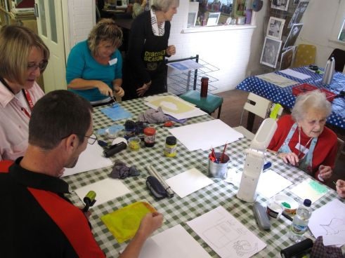 KAB Medway Art Group Tactile Timeline at Intra, photography Wendy Daws - 10
