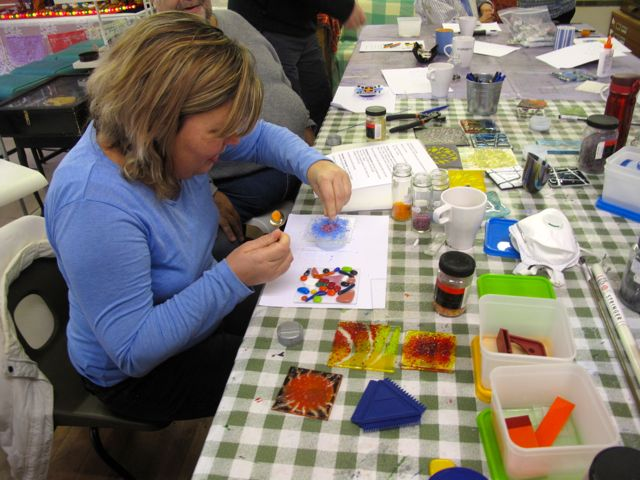KAB Medway Art Group Glass with Kate Jones at Intra Arts, Wendy Daws - 15